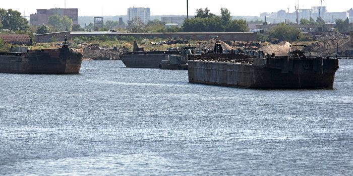 Приплыли: Украина получила от Австрии партию советских барж