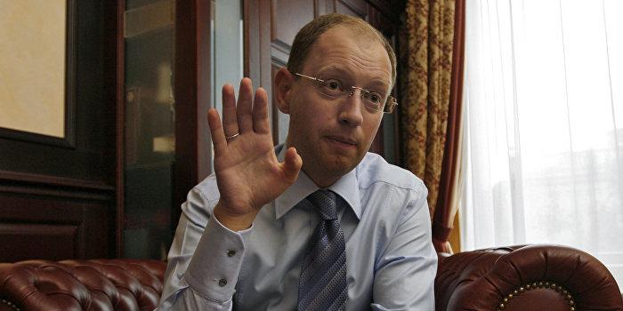 «Вести»: Яценюк готовит громкое возвращение