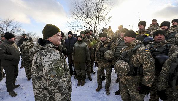 Политологи: Аваков перешел в открытое наступление на Порошенко