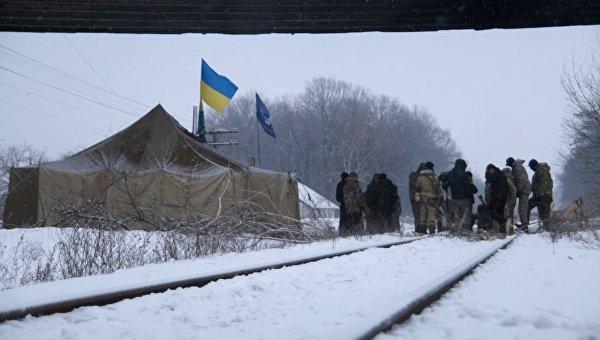 От блокады Донбасса к бетонированию «Сбербанка»