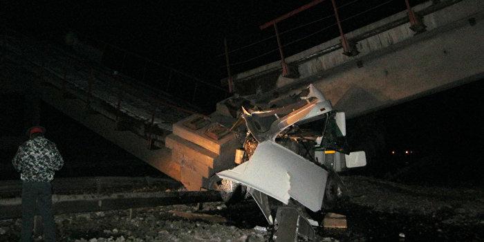В Киеве обнаружили еще один «уставший» мост