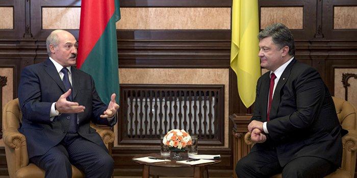 Порошенко обсудил с Лукашенко ситуацию в Донбассе