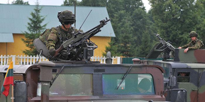 Литва подтвердила поставки оружия Украине