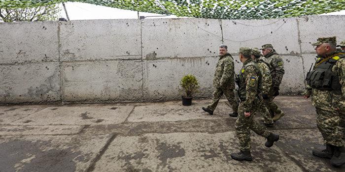 Порошенко уменьшил количество погибших в Донбассе украинских военных