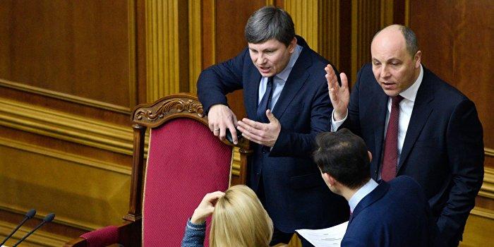 Невыполнение Порошенко депутатских ультиматумов приведет к досрочным выборам