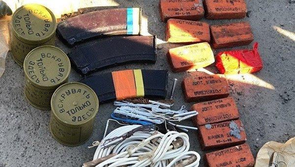 «Большая распродажа»: в воинской части Николаева торговали оружием