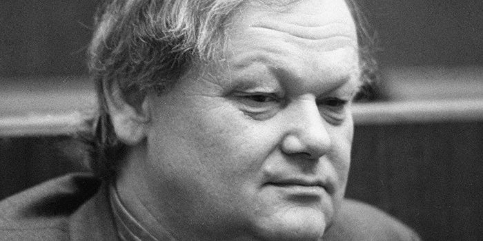 Умер поэт Борис Олейник