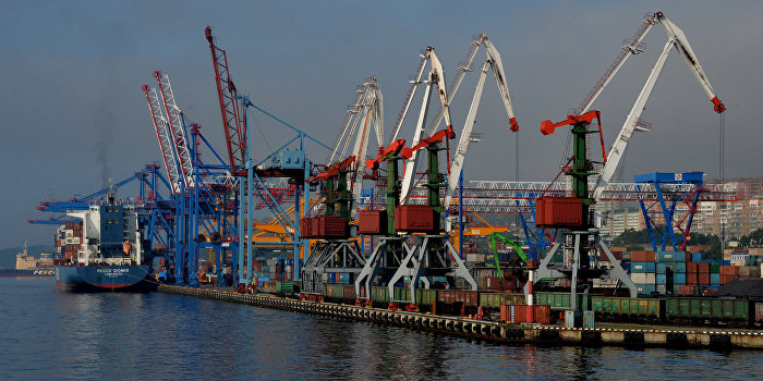 Равносильно войне: в Москве оценили планы США следить за портами в Приморье - РИА Новости