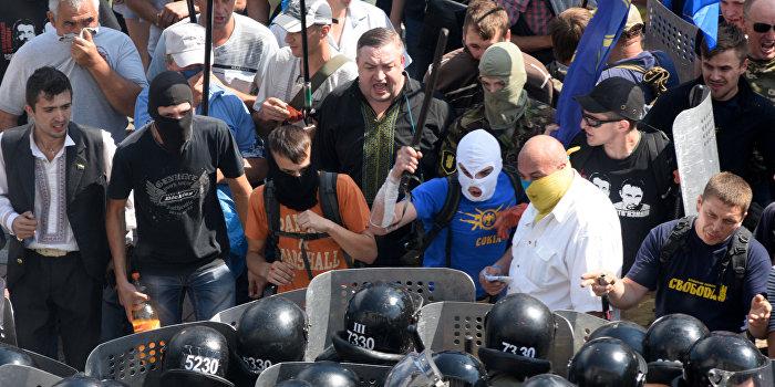 Полицию в Днепре могут заменить ультраправые штурмовики