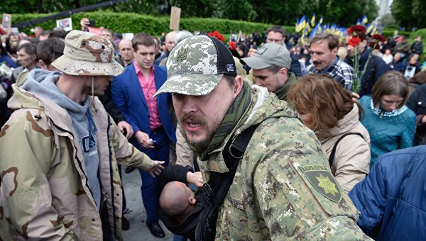9 Мая: Киев жертвует правыми пешками