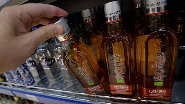 Водка и смерть. Пока власти воюют за спирт, украинцы умирают от палёнки