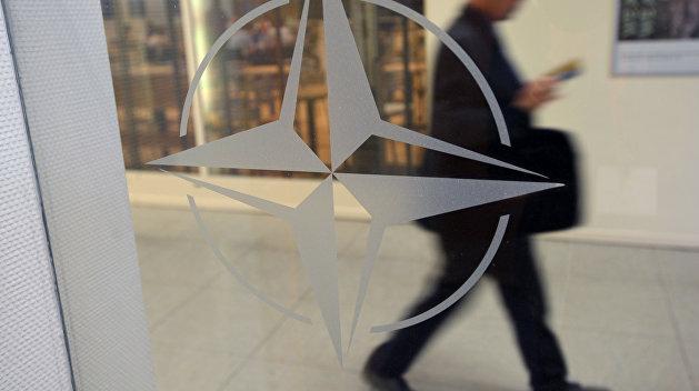 МИД Украины: Планы по вступлению в НАТО на грани провала