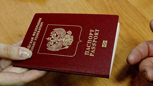 Украина будет снимать отпечатки пальцев у всех иностранцев