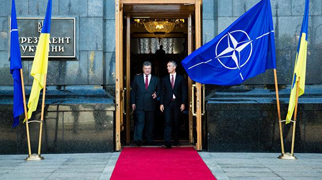 Украина и НАТО: Запад обеспечил себе свободу маневра