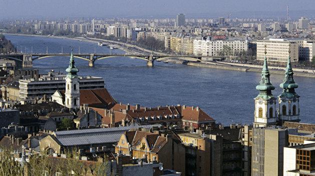 Безвиз: Украинцы смогут работать в Венгрии даже без рабочей визы