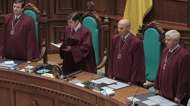 Депутат Рады угрожает судом Порошенко и Парубию