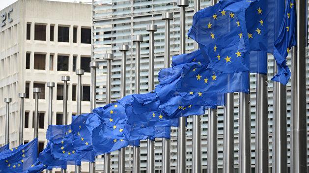 Politico: Брюссель готовится  нанести ответный удар по США из-за санкций против России