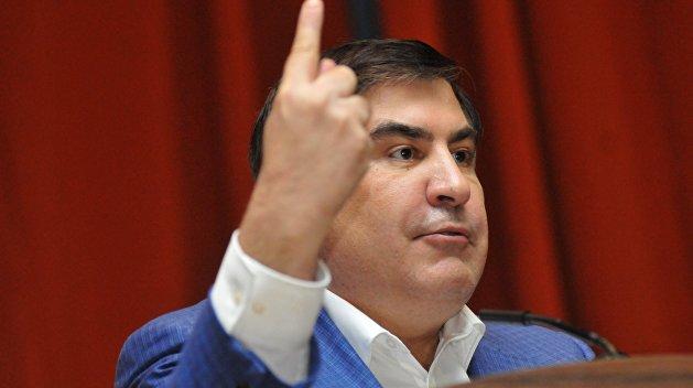 Саакашвили: Порошенко вонзил мне в спину нож