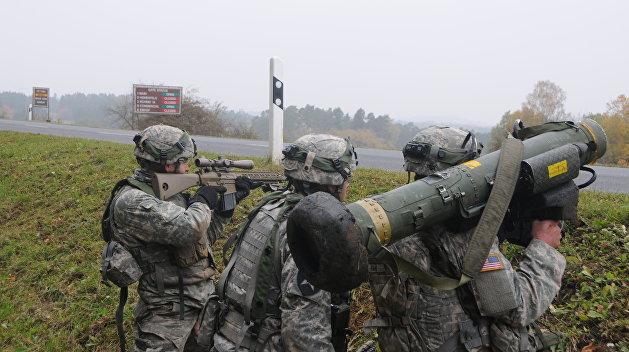 Волкер: Предоставление Украине оружия обсуждается на очень высоком уровне