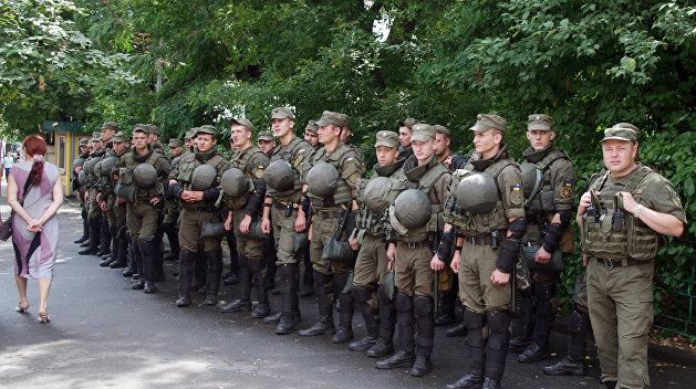 В ожидании бойни: в Киеве матч одесской команды будут охранять 400 полицейских