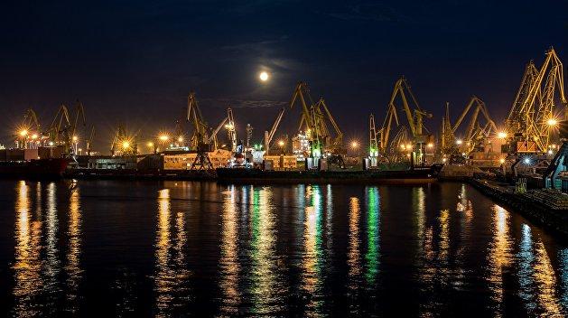 Правительство Украины решило избавиться от портов