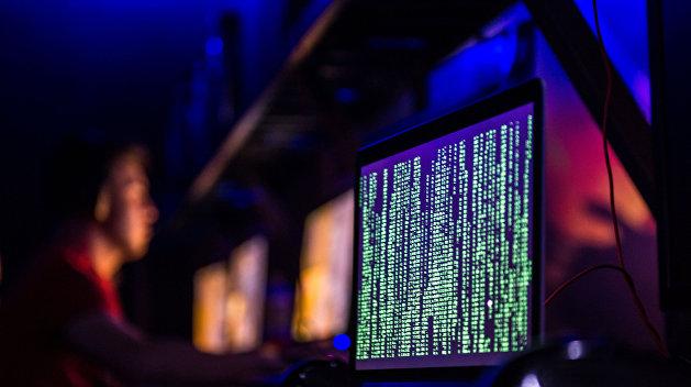 Украинский хакер начал сотрудничать с ФБР из-за атак на сервера Демократической партии