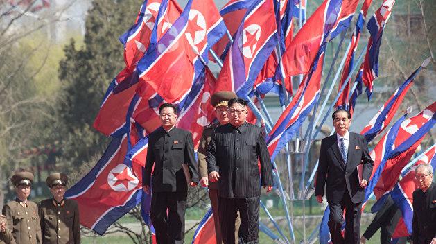 Ким Чен Ын назвал пуск пролетевшей над Японией ракеты прелюдией к удару по Гуаму