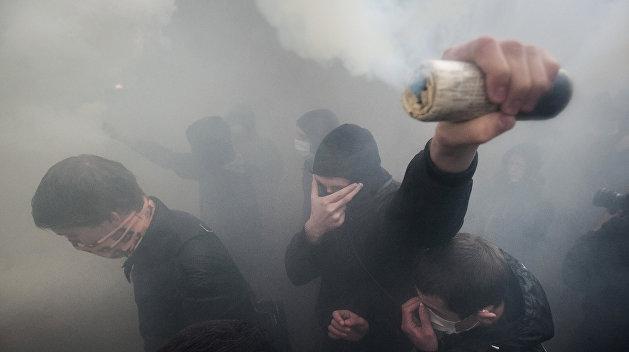 Ликвидация грамотности: националисты сорвали тотальный диктант в Киеве