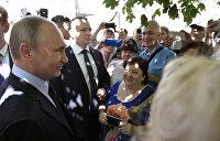 Более 80% россиян доверяют Путину и одобряют его работу