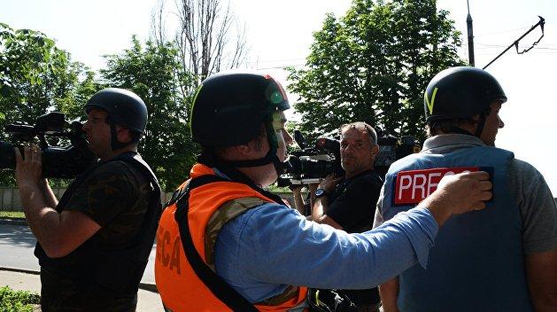 «Неслыханная свобода слова»: испанских журналистов выдворили с Украины