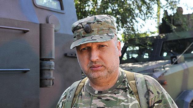 Секрет победы: Турчинов научил нацгвардейцев кричать «Героям слава!»
