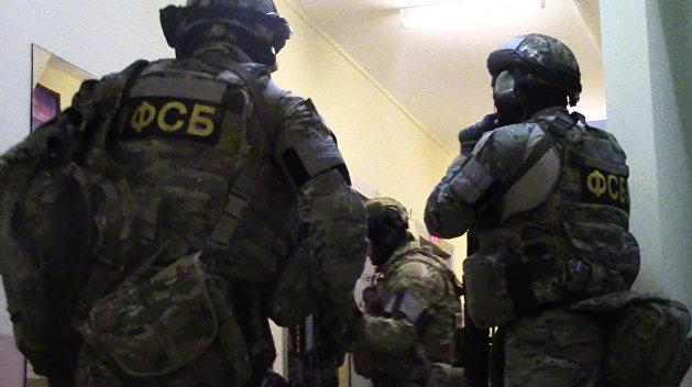 В Хабаровске неонацист напал на отделение ФСБ, есть погибшие