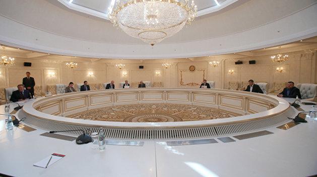 Делегация Киева ушла с переговоров гуманитарной подгруппы в Минске