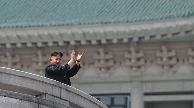 Живее всех живых: Ким Чен Ын впервые за 20 дней показался на публике