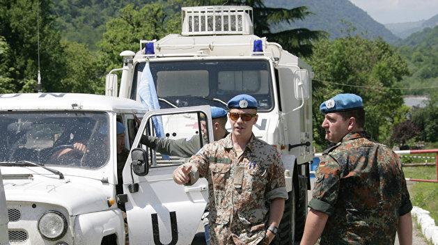 Политологи: Вопрос миротворцев в Донбассе решать не Украине