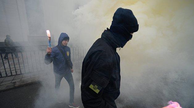 В Киеве у посольства Литвы прогремел взрыв