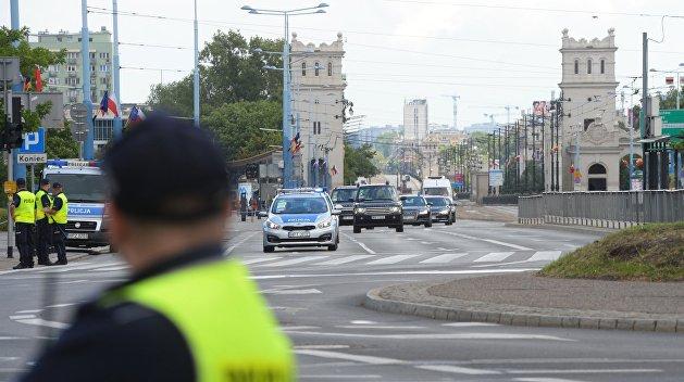 Поляки массово едут на Украину за правами