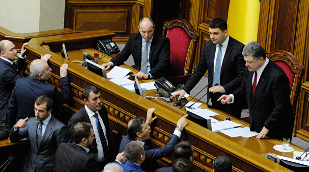 Работу власти одобряют 3% украинцев