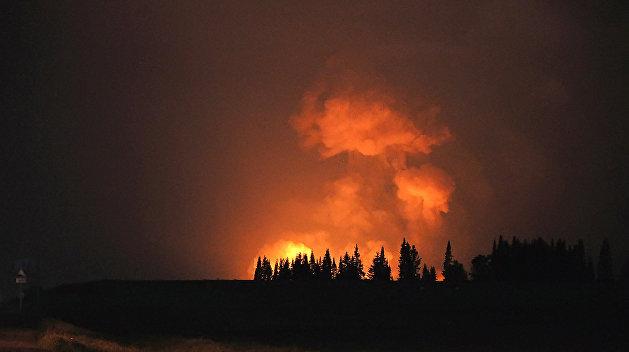 Пожар на арсенале в Балаклее разгорелся с большей силой