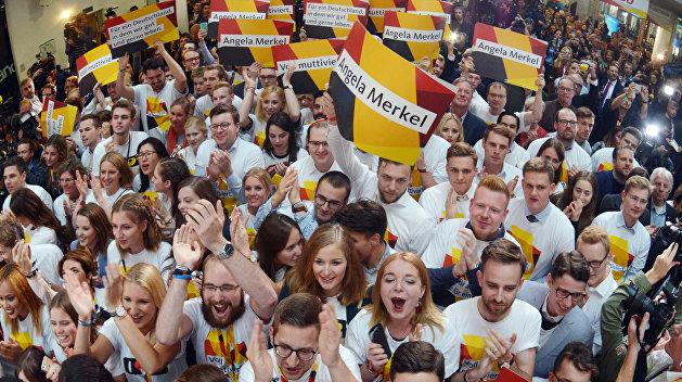 «Взгляд»: Выборы в Германии плавно перетекают в восстание антифашистов