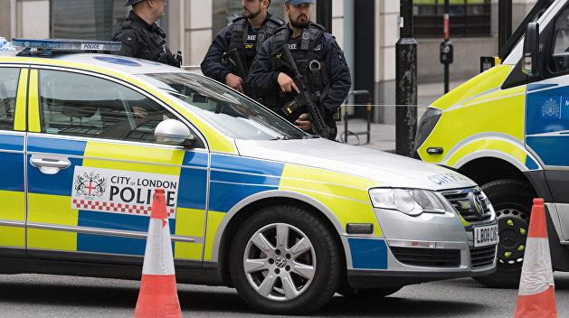 В Лондоне эвакуировали сотни пассажиров со станции метро из-за взрыва