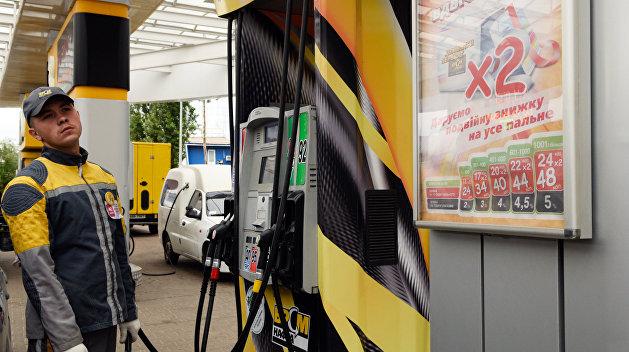 Цены на автогаз немного упали, на дизтопливо и бензин - резко выросли