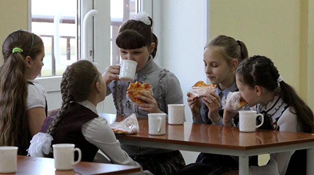 В Николаеве чиновники «делали» деньги на школьном питании