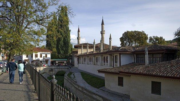 Крымские татары предложили создать межнациональные советы в Крыму