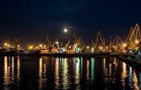 В одесском порту пылятся 40 машин китайской скорой помощи