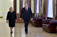 Порошенко возмутился захватом вертолетной площадки Януковича националистами