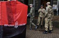 Похитители Рождества. Как «Правый сектор»* принес политику в храмы Украины