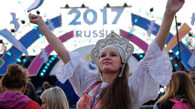 «Взгляд»: Сочинский фестиваль запустил по всему миру сетевое броуновское движение