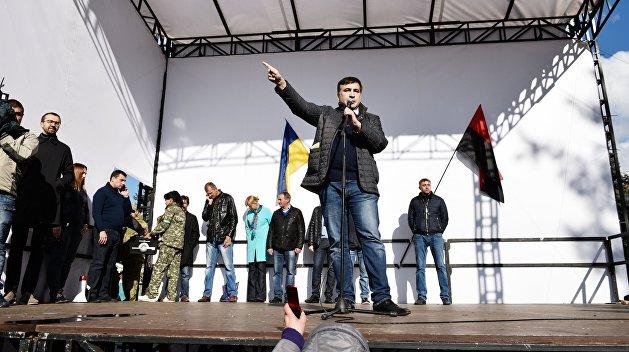 Аваков обвинил экс-депутата ВР Олейника в финансировании МихоМайдана