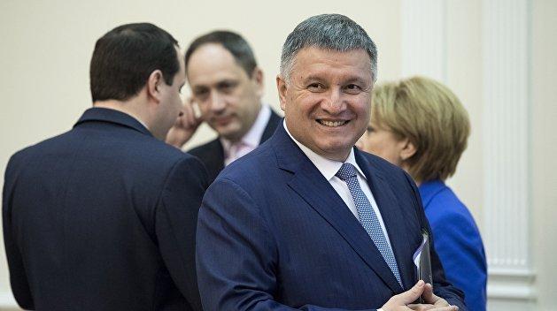 Аваков отследит нарушения на выборах в онлайн-режиме